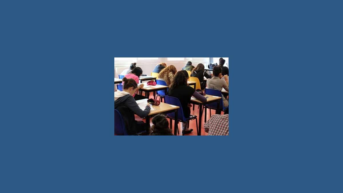 Bac 2015 : mathématiques (crédit photo Drivepix/Fotolia)